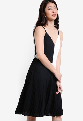ZALORA black Collection Colour Block Pleated Dress B84A5AAB5CC7FEGS_1