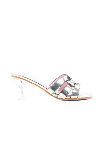 6822f3d7be9 Gold Tone Patent Leather Transparent Heel