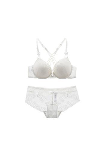 W.Excellence white Premium White Lace Lingerie Set (Bra and Underwear) 9C87BUS6D99F97GS_1