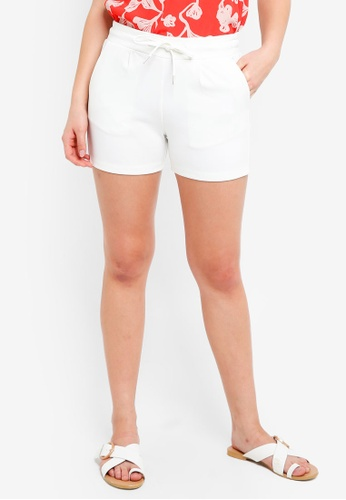 ICHI white Kate Shorts AD249AA94550C8GS_1