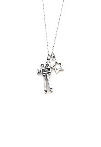 Trinkets for Keeps silver Camera and Star Necklace TR047AC57MJYPH_1
