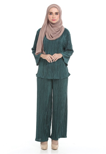 Aldrin Pleated Set from ARCO in Green