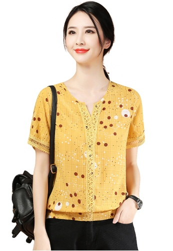 A-IN GIRLS yellow Fashion Polka Dot V-Neck Chiffon Blouse 475B4AAA917D62GS_1