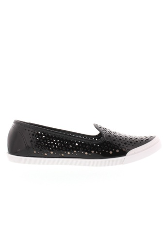 Beira Rio black Perforated Slip On Flats BE995SH66ZQVHK_1