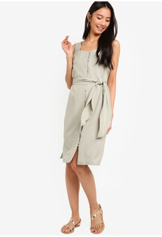 e28278158 40% OFF ZALORA Button Down Midi Dress S  39.90 NOW S  23.90 Sizes XS S M L  XL