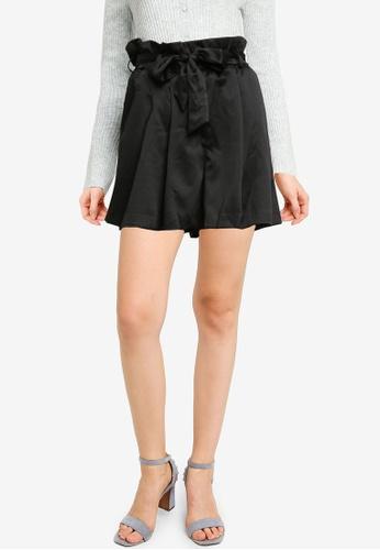 Urban Revivo black Fashion Paperbag Shorts CF6A4AA8BAD4FBGS_1