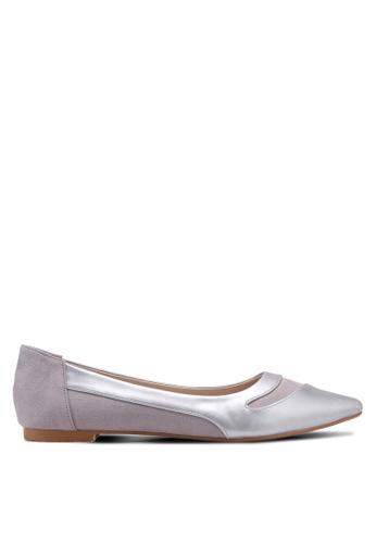 ZALORA 灰色 and 多色 Contrast Colour Pointed Toe Ballerinas AA82CSH9F5153CGS_1