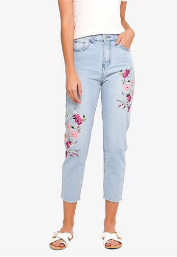 ZALORA blue Printed Mom Fit Jeans 9E4F9AACB0CA87GS_1