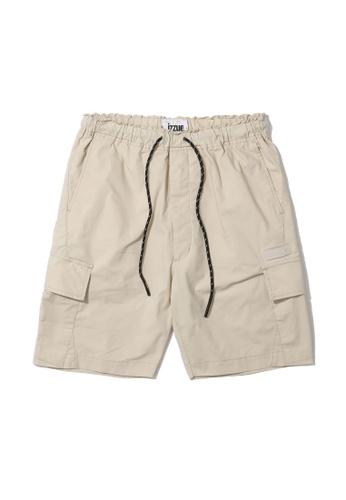 izzue beige Contrast zip cargo shorts 92325AA0A40B95GS_1