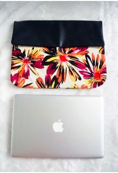 Zuri Laptop Sleeve - Burnt Orange/Red Daisies