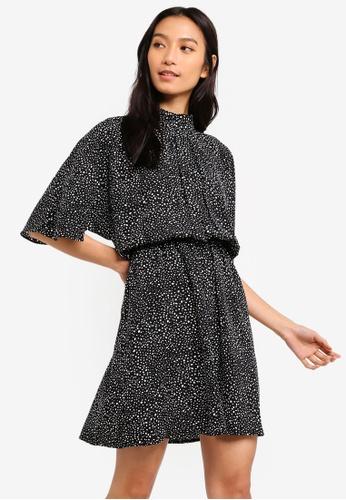 ZALORA black and white High Neck Fit And Flare Dress 6CA42AAD61E6CBGS_1