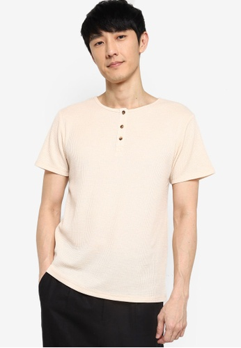 ZALORA BASICS beige Waffle Knit Half Button T-Shirt A183BAA5A5DE7BGS_1