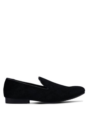 Topman black Black Duke Velvet Loafers 2BD6ASHACD9995GS_1