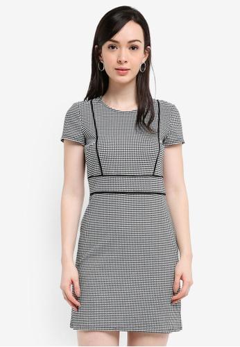 Miss Selfridge black and multi Mono Piped Mini Dress 2AC25AAB1323CAGS_1