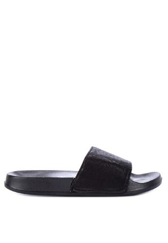 Penshoppe black Synthetic Leather Sliders F0F60SH7097D2DGS_1