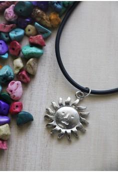 Sun choker necklace