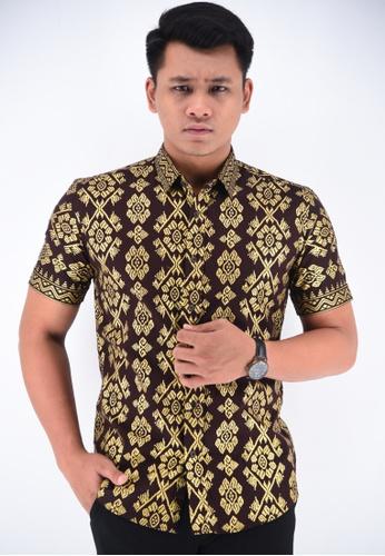 UA BOUTIQUE brown Short Sleeve Shirt Batik UASSB55-081 (Brown) 4F6D8AA1A6A68FGS_1