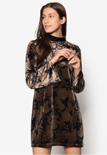 Collection 荷葉袖天鵝絨洋裝、 服飾、 洋裝ZALORACollection荷葉袖天鵝絨洋裝最新折價