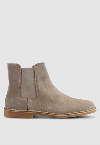 Selected Homme beige Royce Chelsea Suede Boots D5732SH82928EBGS_1