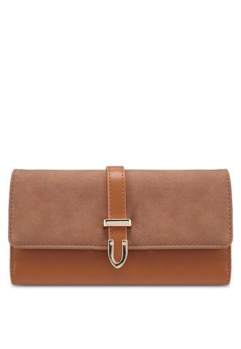 Unisa brown Duo-Texture Tri-Fold Ladies Wallet With Strap B2511AC2C461DBGS_1