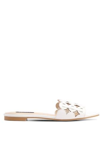 ZALORA white Multi-Ring Design Slip-On Sandals 8D287SH204A8F0GS_1
