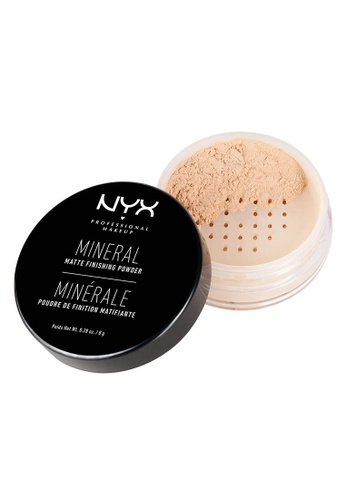 NYX Professional Makeup brown NYX Professional Makeup Mineral ''Set It & Don't Fret It'' Matte Finishing Powder - Light/Medium C8C82BEBBD958BGS_1