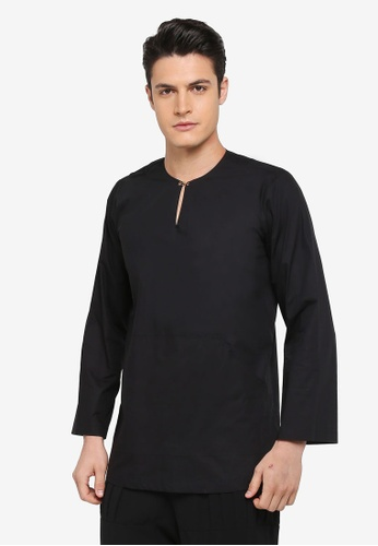 Rizalman for Zalora black Niwas Traditiopnal Top Baju Malayu RI909AA0SF0LMY_1