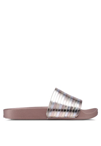 Kenneth Cole gold Reaction Pool Pipes Sandals 1A1CBSHDE031E6GS_1