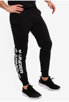 the latest eefe6 b1f75 Under Armour black Sportstyle Cotton Graphic Joggers F561AAA1377DCEGS 1