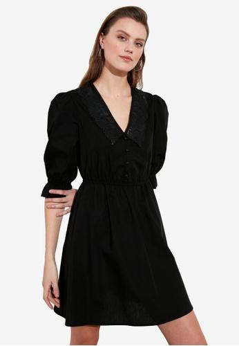 Trendyol black Lace Collar Detail Dress 4446EAAFE6BD27GS_1