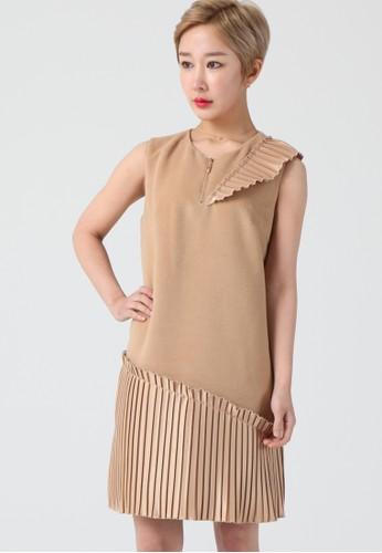 韓流時尚 金色 打褶尖豪華迷esprit童裝門市笛連衣裙 F4005, 服飾, 洋裝