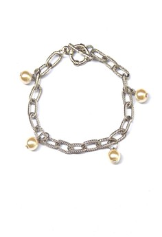 Chained Pearl Bracelet