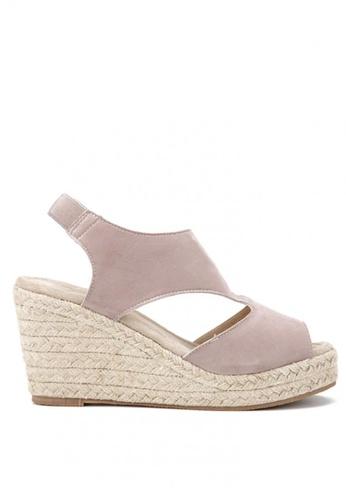 KissXXX 米褐色 羅馬風糖果色系絨面舒適麻編坡跟涼鞋 KI603SH09KDMTW_1