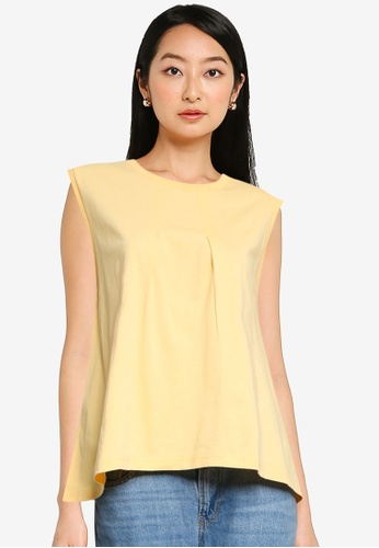 niko and ... yellow Sleeveless Pleated Top 9D88AAA71C60A4GS_1