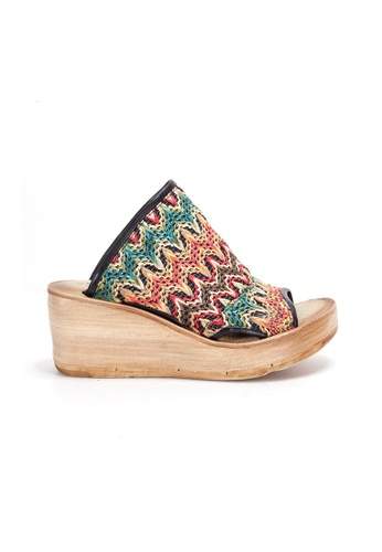 Shu Talk 米褐色 A.S.98 限量主打色彩織布舒適鬆糕鞋 ABE02SH92AAA9EGS_1