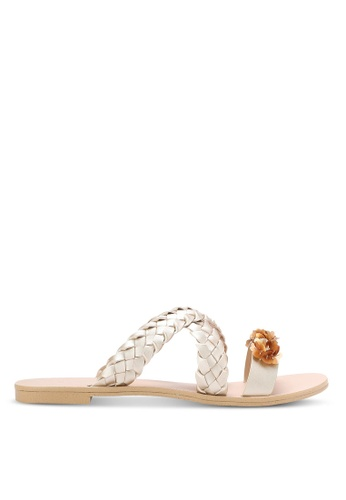 ZALORA gold Weaved Sliders with Embellishment A5335SHB3F9847GS_1