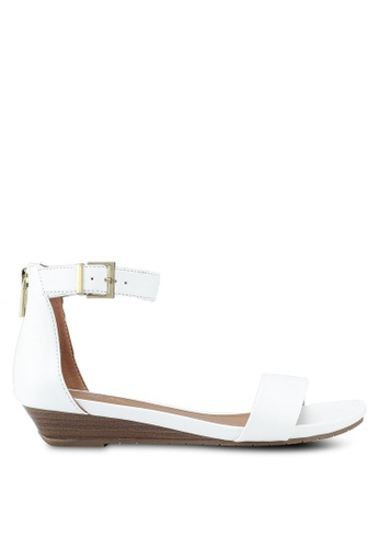 Kenneth Cole white Reaction Great Viber Heel Sandals 88DC6SHF798350GS_1