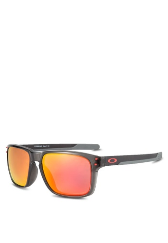 fe5957f8b24 Shop Oakley Holbrook Mix OO9385 Sunglasses Online on ZALORA Philippines