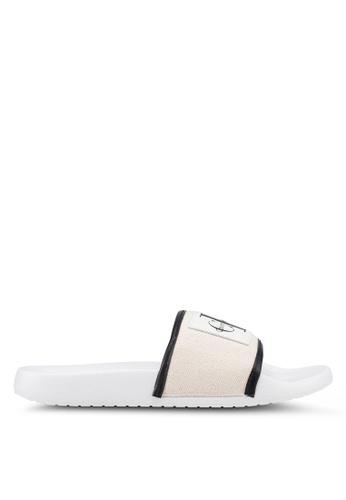 Calvin Klein 白色 Cherie 涼鞋 1CDA8SH6596992GS_1