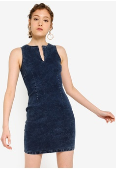 5d89a0b4db8dca ZALORA BASICS blue Basic Denim Bodycon Dress 4BCA2AAB742DC8GS_1