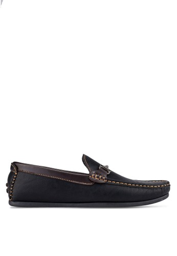 UniqTee black Driving Moccasins With Hardware Detail UN097SH0S216MY_1