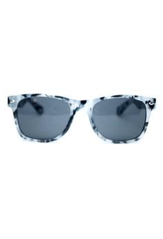 Karenina Artsy Sunglasses by Ohrelle Sunnies