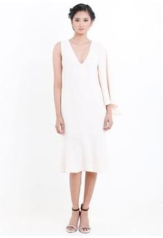 [PRE-ORDER] One Flared Sleeve-Neck Dress With Flowy Hem