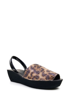 f609929e5a556f 30% OFF Kenneth Cole New York FINE GLASS - Slingback Sandal RM 199.00 NOW  RM 139.00 Sizes 7 8 8.5 10