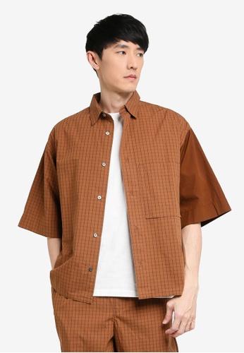 niko and ... brown Loose Shirt B87C7AA63C709BGS_1