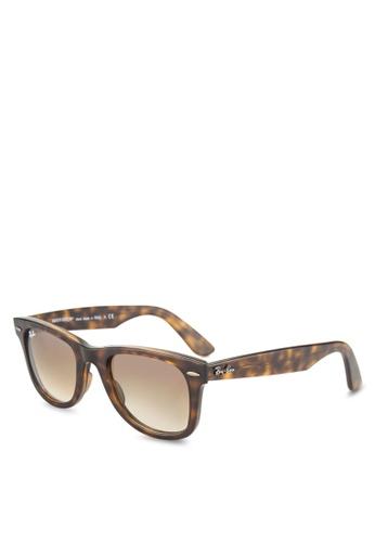 Ray-Ban Wayfarer Ease RB4340 Sunglasses RA896GL70GSJMY_1