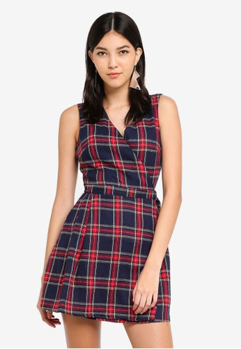 MISSGUIDED red and navy Sleeveless Shift Check Dress FD81FAAC75423DGS_1