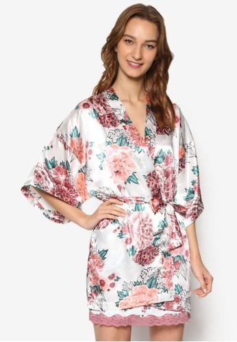 印花zalora 順豐和服式短睡袍, 服飾, 睡袍