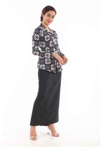 Amar Amran black Kebaya Midi Batik Moden 3B4ECAA3A4B85BGS_1