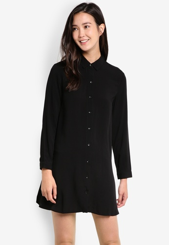 ZALORA black Relaxed Swing Shirt Dress B81FFAADEAA743GS_1